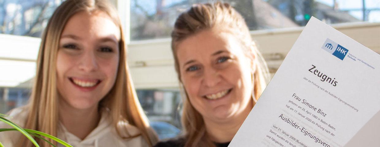 Ausbildende Simone und Auszubildende Sophie Weil